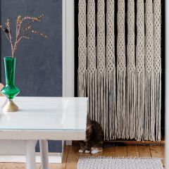 Free pattern: Matilda Macramé Door Curtain.