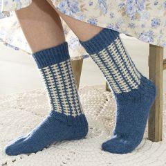 Ohje: Neulotut Sinivalkoiset villasukat