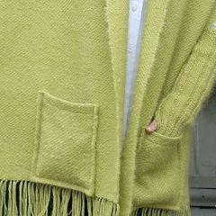 Ohje: Kudottu taskuhuivi ja tyyny