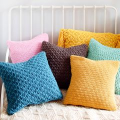 Free pattern: Mini and Minimop Cushions