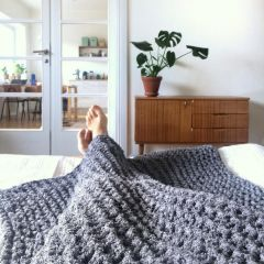 Free Pattern Knitted Frotee Blanket