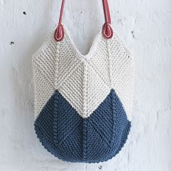 Knitted domino bag