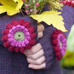 Neuleohje neulotut kynsikkäät Kukka