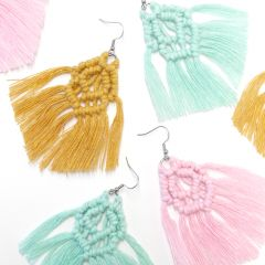 Free pattern: Vilja macrame earrings