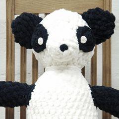 Ohje sormivirkattu panda nalle
