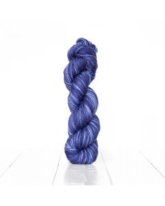 Urth Yarns Monokrom Fingering merino wool yarn
