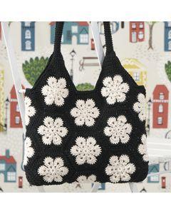 Free crocheting pattern African Flower crochet bag